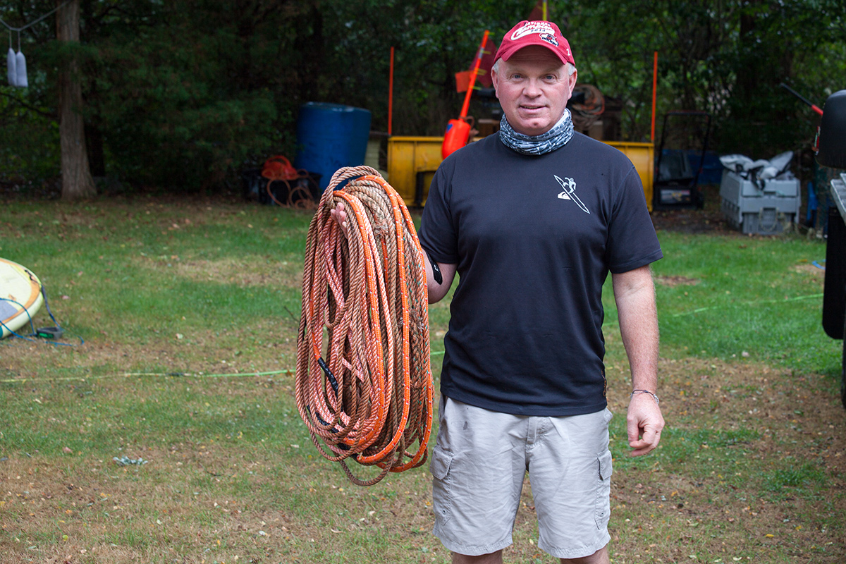 Rob Martin, SSLFA fisher, using 100% whale release rope in his gear.