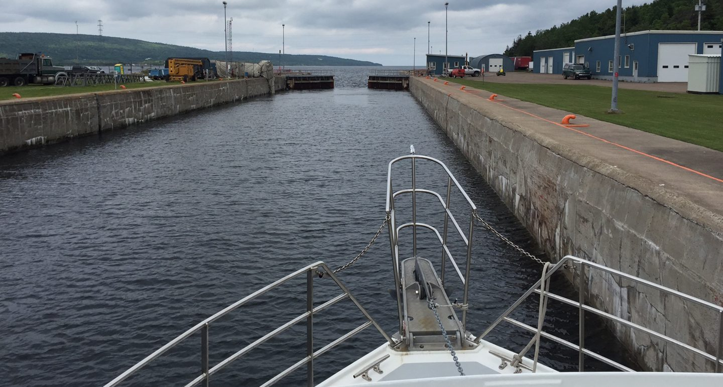 image of a lock entering the lock of the Gulf of St. Lawrence Bay